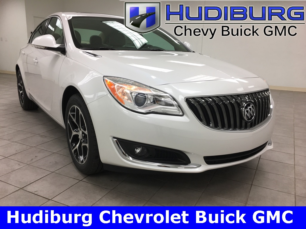 new 2017 buick regal sport touring 4d sedan oklahoma city 824 hudiburg chevrolet buick gmc. Black Bedroom Furniture Sets. Home Design Ideas